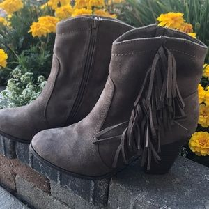 Shoes - Fringed Ankle Boots